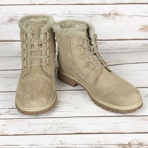 Helly Hansen Nubuck Boot with Fur Accent.